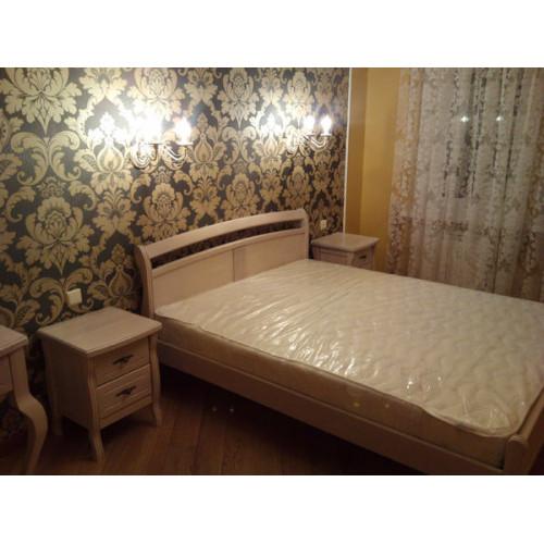 Кровать из дерева 001